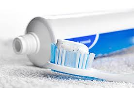 imagesAre You Still Using Fluoride Toothpaste-thenaturalhealthdictionary.com/wp-content/uploads/2019/06/imagesAre-You-Still-Using-Fluoride-Toothpaste-.jpg