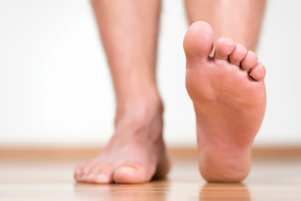 5-Tips-That-Can-Help-You-With-Hammertoes-The-N-H-Dictionary-thenaturalhealthdictionary.com
